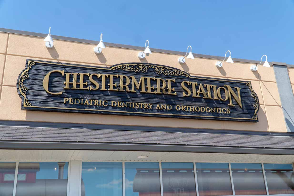 Chestermere Station Dentistry | Exterior Sign